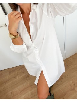 Vestido camisero blanco...
