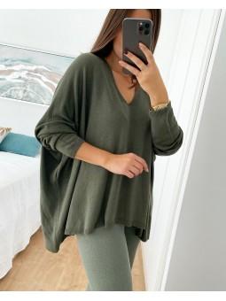Suéter verde militar...