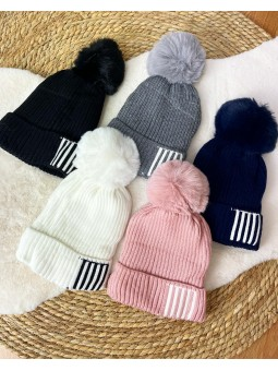 Gorro lana rayas blancas