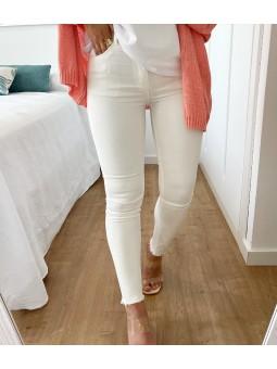 Pantalón blanco roto bajo...