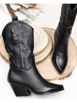 Bota negra cowboy tacón...