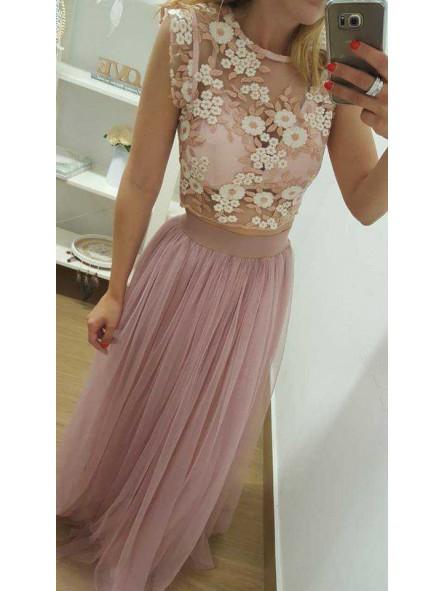02e12852e Top flores rosa y marfil // Falda tul varias capas rosa nude