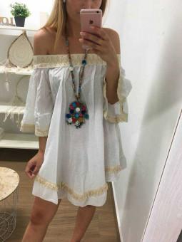 Vestido o blusón blanco // Collar pompones multicolor